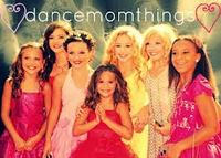 Dancemomsthing